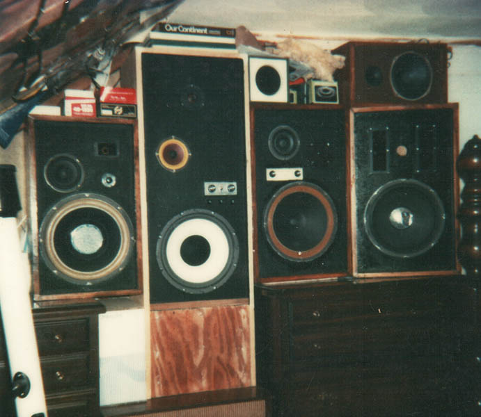 a 1970 s teenager s bedroom vintage stereo equipment my bedroom study kitchen lounge system stereophile com